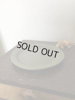 画像4: よしざわ窯 / オリーブグリーン ラウンドリムプレート 6寸ケーキ皿 / 秋季限定製作