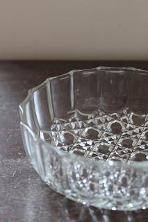 ガラスのカットが美しいガラス器