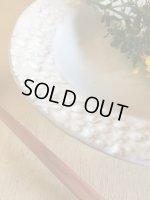 画像: よしざわ窯 / ホワイトグレー 花畑のスープ皿 / 春季限定製作